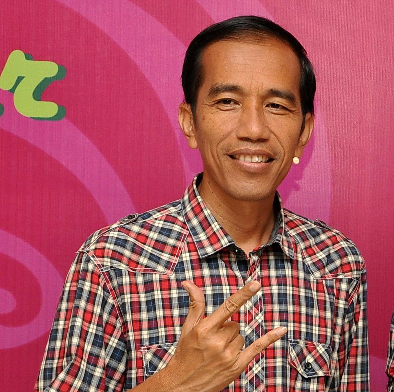Tentang Solo #1 : Jokowi, Batik, 4 Penjuru Mata Angin dan Wedangan | Hujanpelangi Blog