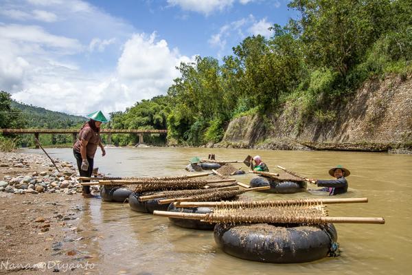 Sungai Grindulu - Sumber : kompasiana.com