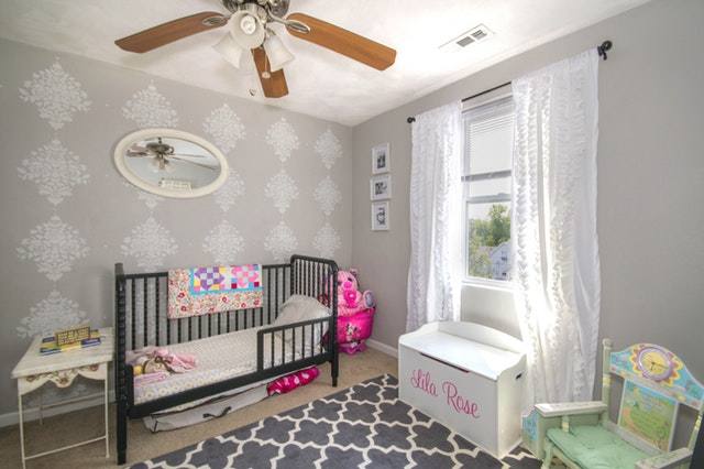 how to choose baby crib3